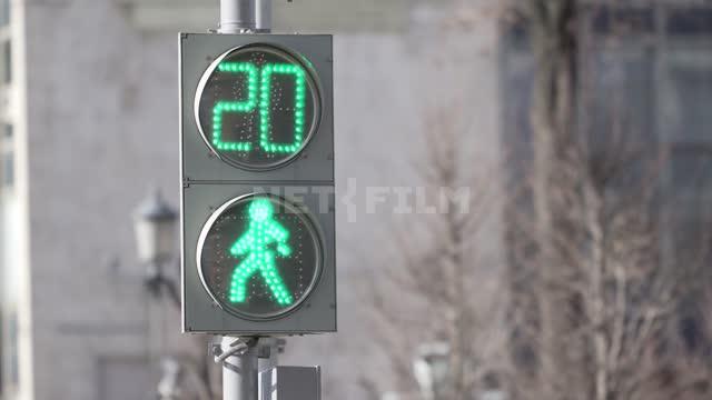 Как необходимо действовать, если мы видим подобное на дороге?