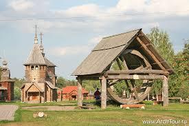 В этом городе Вы прогуляетесь по музею деревянного зодчества.